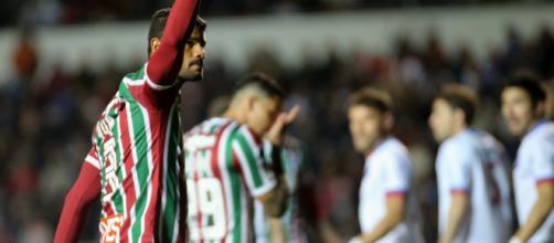 Gum estará em campo no jogo de ida das semifinais da Copa Sul-Americana (Foto: Lucas Merçon)