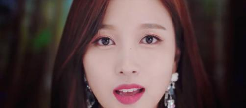 "TWICE shares teaser video 'Y' For ""YES or YES"". image - kpopfans.net"