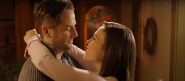 Erin Krakow and Niall Matter plan for the perfect Christmas wedding in Marrying Father Christmas. [Image source: HM & M- YouTube]