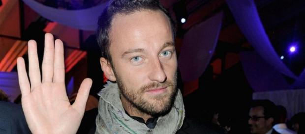 Francesco Facchinetti come Matteo Salvini sul caso Desirée Mariottini