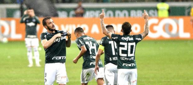 Vitória sobre o Santos deixou Palmeiras mais perto do caneco