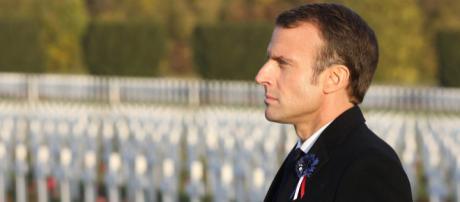 Emmanuel Macron face à la polémique Pétain