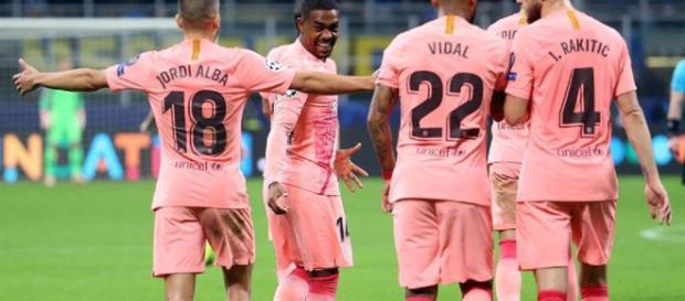 con gol de Malcom, el Barcelona logra el boleto a la siguiente fase de Champions League