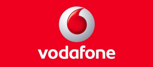 Vodafone e Tim, due vantaggiose offerte con minuti illimitati e 50 Giga