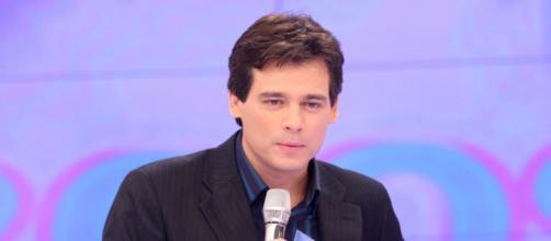 Celso Portiolli bate-boca com internautas no Twitter