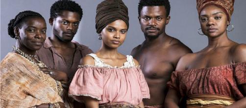 Escravidão é tocada com naturalidade e a dívida histórica é paga com empoderamento.