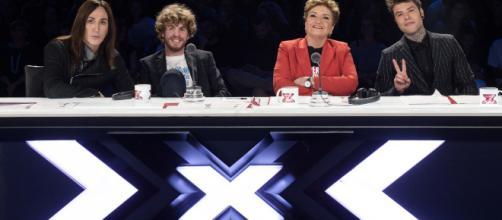 X Factor 2018: le assegnazioni dei giudici a X Factor Daily   Sky TG24 - sky.it