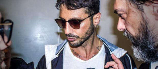 Fabrizio Corona parla per la prima volta del suo flirt con Asia Argento.
