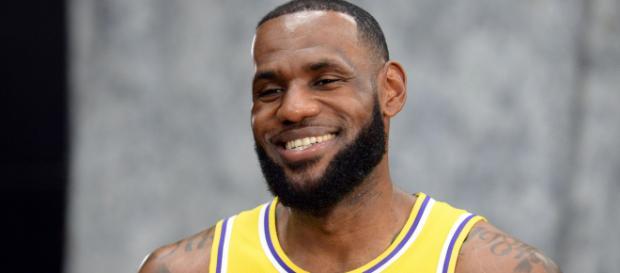 LeBron James takes Lakers media to task - usatoday.com