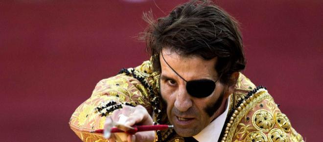 Antitaurinos critican la entrega del Premio de Tauromaquia a Juan José Padilla