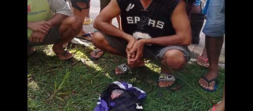 Filippine: gemelline appena nate gettate da un'auto in corsa | zz7 ... - zz7.it