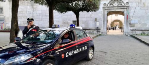 Furti in case e negozi e rapine a coppiette a Nola, Marigliano e Saviano: tre arresti