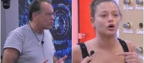 Gf Vip, violenta lite tra Cecchi Paone e Silvia Provvedi a causa di Fabrizio Corona