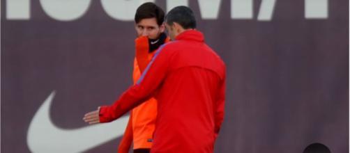 Leo Messi e Valverde (Imagem via Youtube)