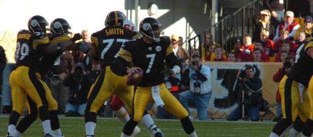 Ben Roethlisberger has the Steelers rolling. - [SteelCityHobbies / Wikimedia Commons]