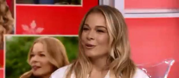 LeAnn Rimes creates another holiday favorite with her new Hallmark Channel movie, It's Christmas, Eve. [Image source:TODAY-YouTube]