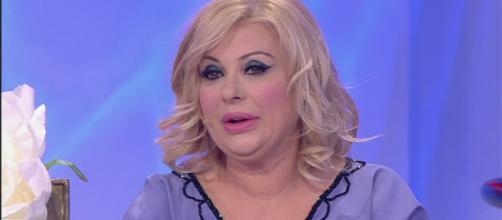 Gossip U&D, Tina Cipollari pronta a sposare Vincenzo: 'Devo preparare i miei figli all'evento'.