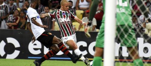Marcos Júnior ganha oportunidade entre os titulares no Flu (Foto: Arquivo/Blasting News)