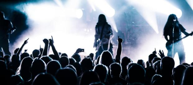 Free Images : music, light, crowd, singer, audience, show ... - pxhere.com