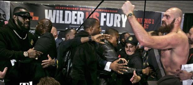 Wilder contro Fury, alle 6 del mattino di domenica, l'appuntamento con la grande boxe in diretta streaming su Dazn