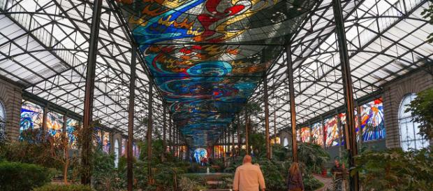 cosmovitral Botanical Gardens is one of the unusual attractions of Mexico. [Image Lexaxis7/Wikimedia]