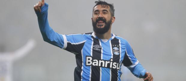 Douglas chegou ao Grêmio em 2015 e caiu nas graças do torcedor (Reprodução)