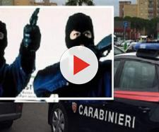 Terrore ad Afragola, rapina al centro commerciale