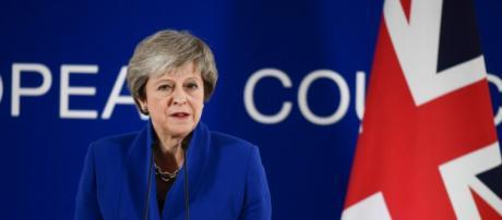 Brexit : Theresa May repousse le vote du Parlement britannique