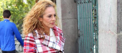 La alegría de Rocío Carrasco: cuelga el cartel de 'localidades ... - bekia.es
