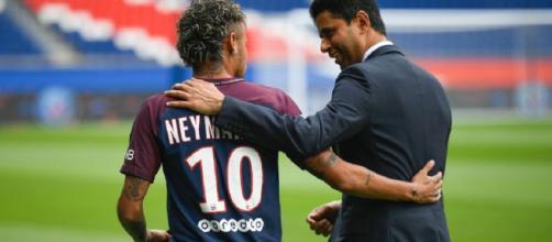 Neymar estrecha vínculos con el PSG