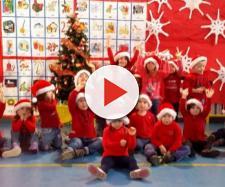 Bambini alla recita del santo Natale