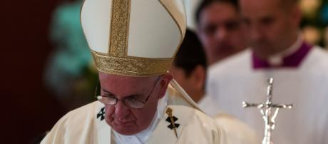 Papa Francisco ministrando a Santa Missa. (Foto: Calixto N. Llanes/Juventud Rebelde)