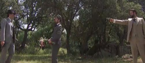 Anticipazioni Il Segreto: Severo e Carmelo uccidono l'aggressore di Adela
