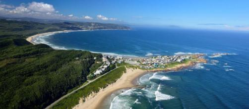 The Garden Route of South Africa offers beaches, forests, whales and other adventures along the way. [Image South African Tourism/Flickr]