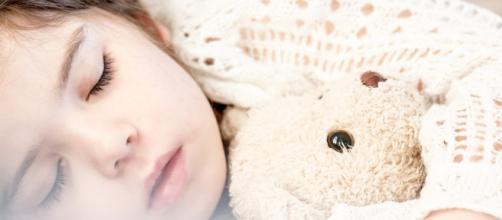 Bimba di 10 anni morta di tumore: lascia tutti i giochi ai bambini poveri
