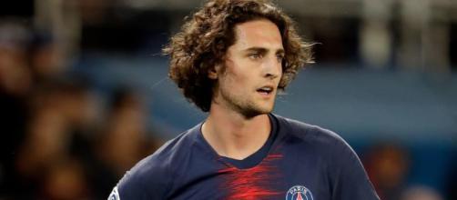 Pour tension avec le PSG, Adrien Rabiot devrait quitter le club de la capitale en 2019