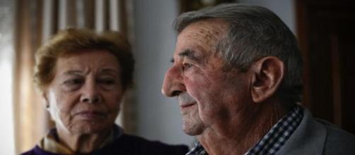 Una pareja de ancianos se encuentra en la lucha por salvar su vivienda