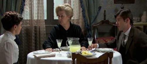 Anticipazioni Una Vita: Susana teme di essere smascherata da Elvira