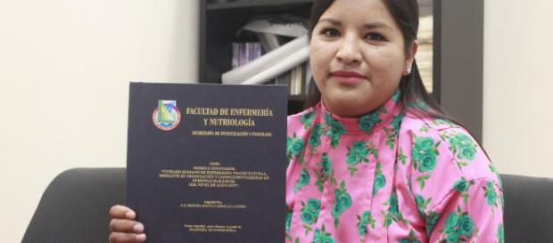 Bertha Alicia Carrillo, primera rarámuri con maestría en Enfermería. (Foto: Gobierno de Chihuahua)