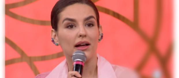 Internauta faz ameaça a Kéfera e ela reage nas redes sociais (Reprodução/Globo)