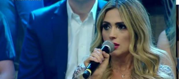 Nadja, expulsa de A Fazenda, esteve na final e não poupou críticas a Caíque. (Reprodução/Record TV)