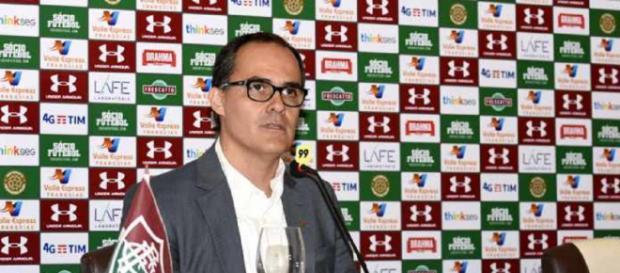 Pedro Abad vem resistindo para se manter como presidente do Fluminense (Foto: Maílson Santana)
