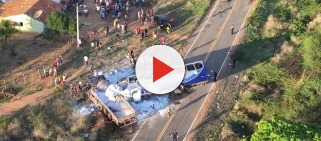 Ônibus de romeiros se envolve em acidente e deixa 6 mortos no Ceará