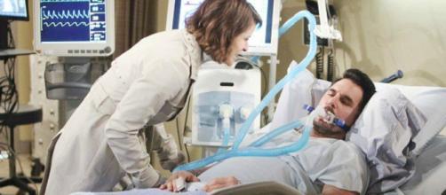 Beautiful anticipazioni dal 17 al 22 dicembre: Caroline stacca il respiratore a Bill