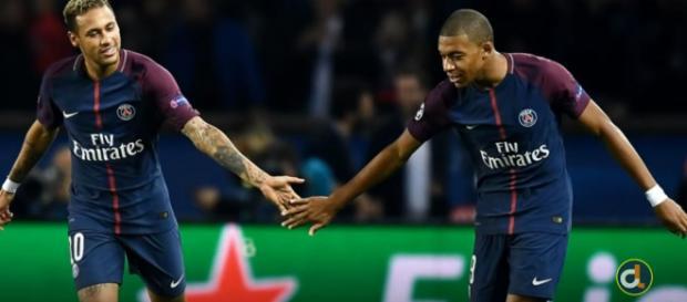 Neymar e Mbappé (Imagem via Youtube)