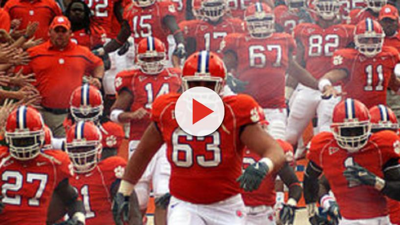 Nebraska football could lose out on offensive lineman to Clemson Tigers