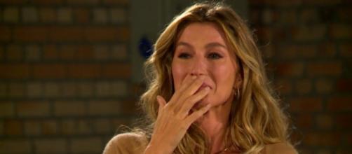 Emocionada, Gisele Bündchen foi às lágrimas (Reprodução/Globo)