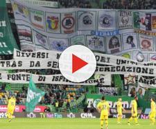 La coreografia dei tifosi dello Sporting Lisbona