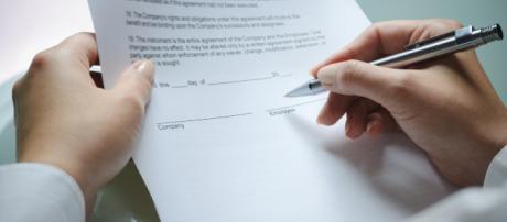 Rinnovo contratti, le cifre degli aumenti stipendio in manovra: stanziati 1,7 miliardi.