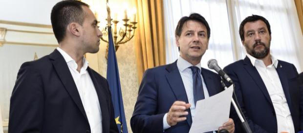 Pensioni e reddito cittadinanza, Governo costretto ad accettare le richieste dell'Ue